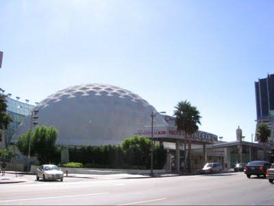 Cinerama_Dome_1