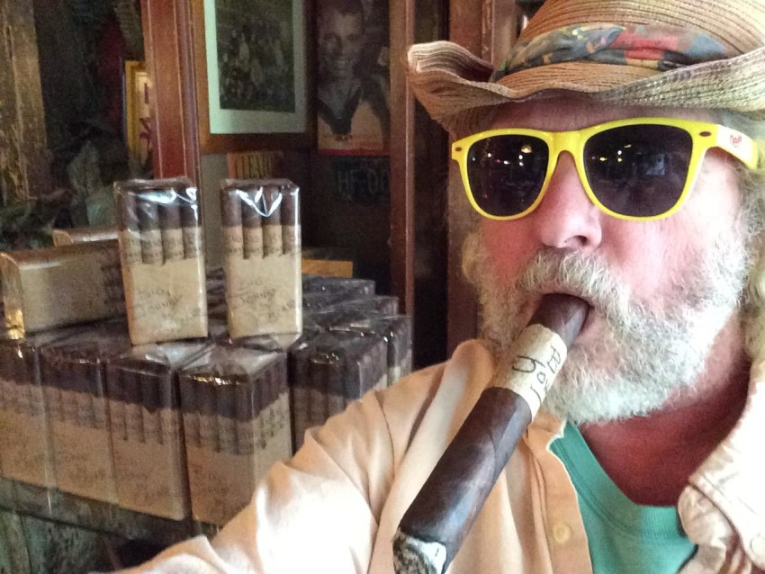 7f87b07f4c Island Jim  2 debuted at the 2014 IPCPR trade show. Factory  Oscar  Valladares Tobacco   Company.