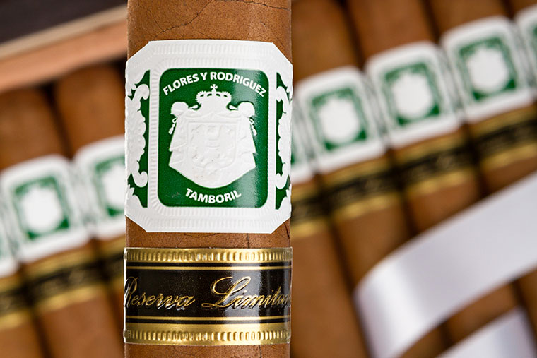 Flores y Rodriguez 10th Anniversary Reserva Limitada   Cigar Review