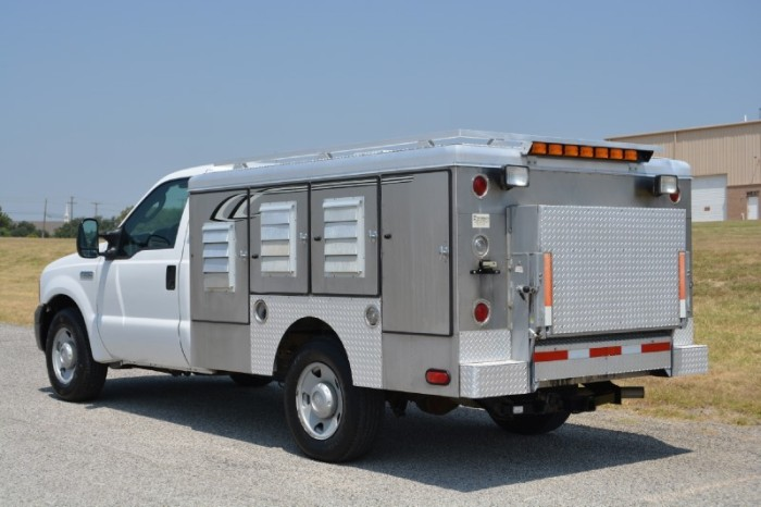 animal-control-truck